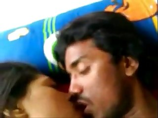 Indian Desi Kolkata Univ girl fucked with BF at Leopard69Puma..
