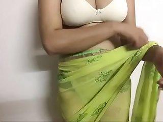 Desi simran Bhabi