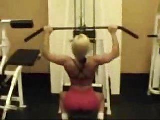 Nicole coco Austin workingout