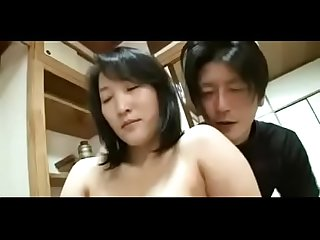 44yr old Japanese mom squirts and creampied