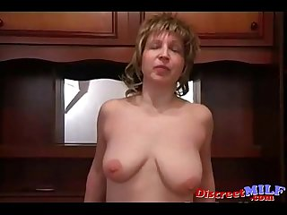 Russian mom get very horny 01