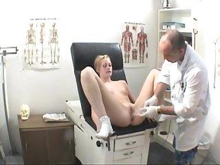 Heidi gyno examination