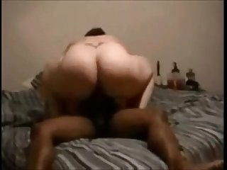 Bbw milf hooks up with balck guy