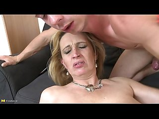 Mature Amateur gives young man a treat