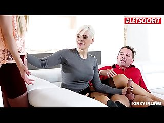 Letsdoeit step daughter helps daddy make mommy squirt