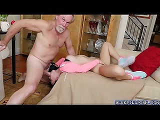Stunning babe crystal rae sucks an aged cock