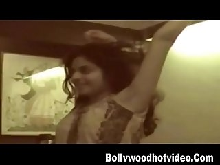 Arohi Desi girl hot sex scandal leaked