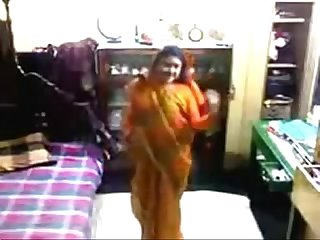 Desi bhabhi bangla hot video