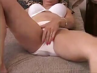 Dirty talking mom snif my panties v1pcamz com
