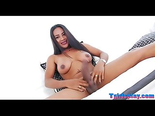 Curvy tranny Jasmine masturbates her rod