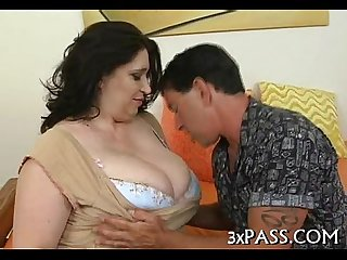 Large beautiful woman creampie