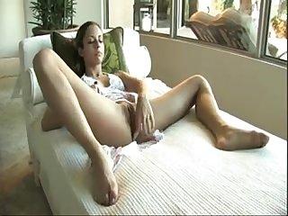 Isabella sky aka tara