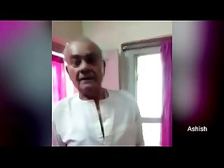 Leaked MMS Sex Video of N P Dubey Jabalpur Ex Mayor Having Sex - YouTube (360p)