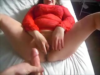 Bbw squirts during mutual masturbation