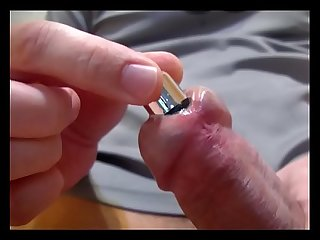 Souding dick urethra with vibrator
