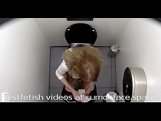 Spycam toilet Pissing girl 17