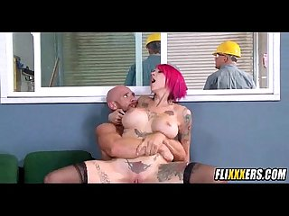 Tattooed pink hair babe takes dick on the job