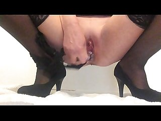Masturbating my squirting pussy in high heels