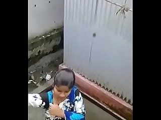 Desi school girl bathing full naked