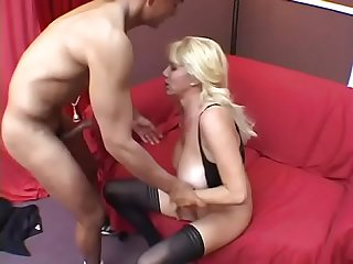 Milf Penny Porsche is riding a cock reverse cowgirl in the living room