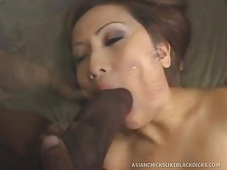 [ TeensAndMilfs.BlogSpot.com ]Tiny Asian Gets STRECHED OUT By Ebony..
