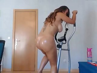 Big ass girl with an amazing orgasm on webcam more on hottestcamgirls ml