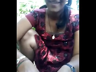 Indian Couple Village Desi Girl Sex Sucking Dick in the Farm