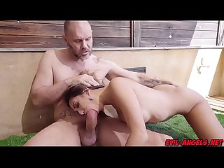 Frida sante stand down and suck a huge cock of nacho vidal excl