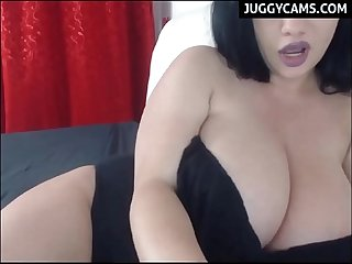 Freakin huge natural tits on cam