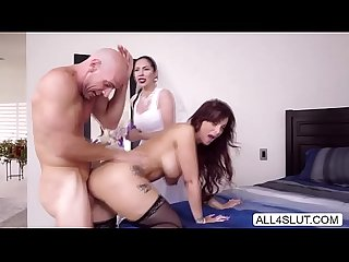 Big tits milf Syren de mer seduces hot groom johnny Sin and blows his cock