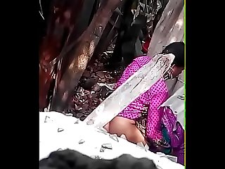 Bhabhi bathing outdoor
