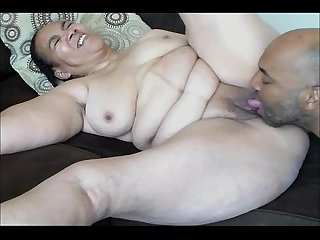 Hot sexy thick mature mama good loving
