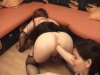 Sissy slave got fisted by mistress