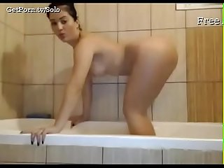 Asian girl gets slutty with her butt