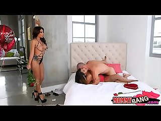 Jamie valentine and sophia leone 3some