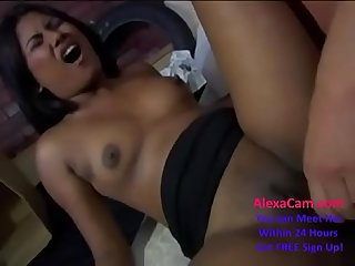 indian british jazmin suck very well & fuck very hard