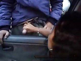 Duas vadiazinhas no carro batendo Punheta para vrios motoboys so Paulo sp Xvideos