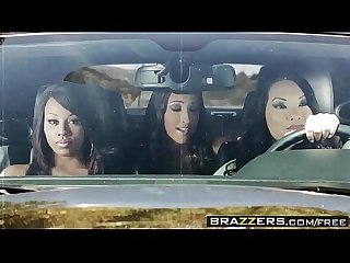 Brazzers pornstars like it big lpar leilani leeane rpar death proof A Xxx parody