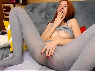 Redhead bubble butt Teen soaks her yoga pants and Pantyhose with pussy Squirt splooshcams period com