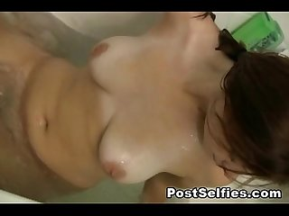 Beautiful big tits samantha shows nude in bath