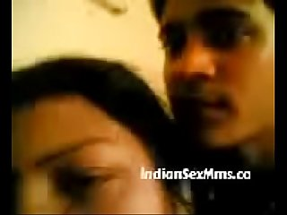 Indian MILF opens her Blouse and Exposes her Boobs (new)