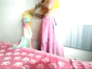 Desi saree aunty riding in top