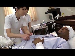 प्र�?म �?हान�? नर्स बड़�? स्तन �?र बड़ा..