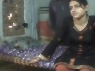Village girl fucking at home