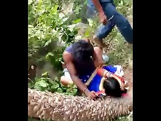 desi indiano gang bang in giungla