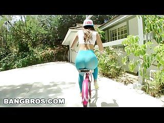 BANGBROS - Balls Deep In Remy LaCroix's Tight Pussy! (mc12158)