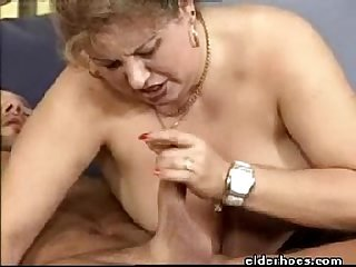 Extravagant mature milf woman enjoy kinky fetish
