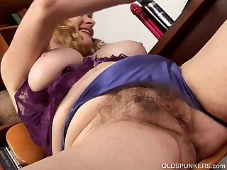 Super cute chubby old spunker loves to fuck her fat juicy pussy 4 u
