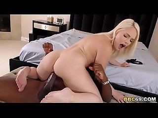 Mandingo Breaks Hadley Viscara's Pussy With His BBC
