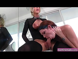 Shemale nina lawless sucked and jerked off by kassondra rain